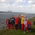 Eine Junior-Ranger-Gruppe im Nationalpark Wattenmeer